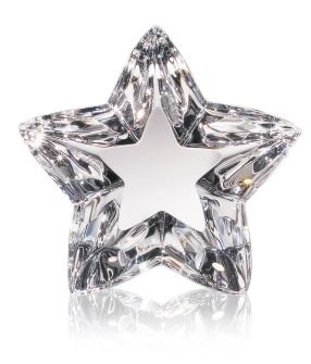 Steuben's Grand Starlight - a solid sculpture of a three dimensional star
